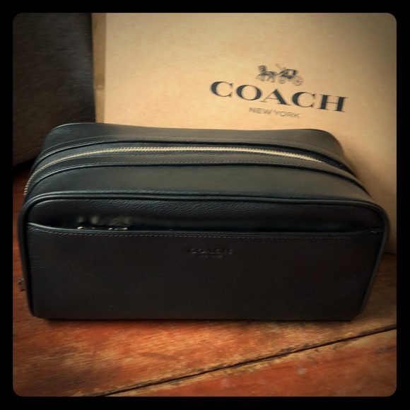 Coach Men's Travel Kit Toiletry Bag Smooth Calf Leather Black F58542 Clothing, Shoes & Accessories